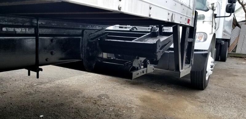 2012 Freightliner M2