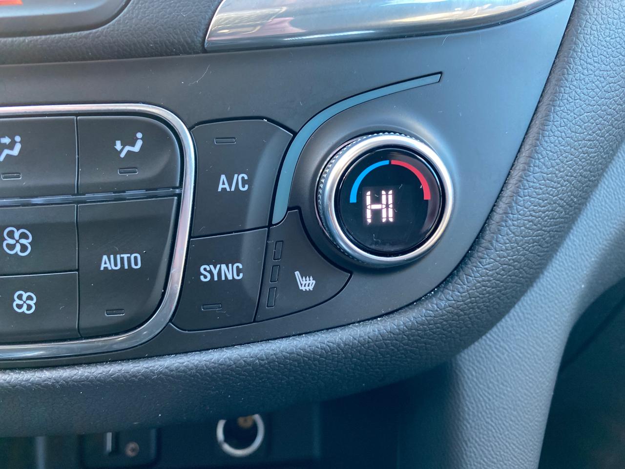 2018 Chevrolet Equinox LT 2WD
