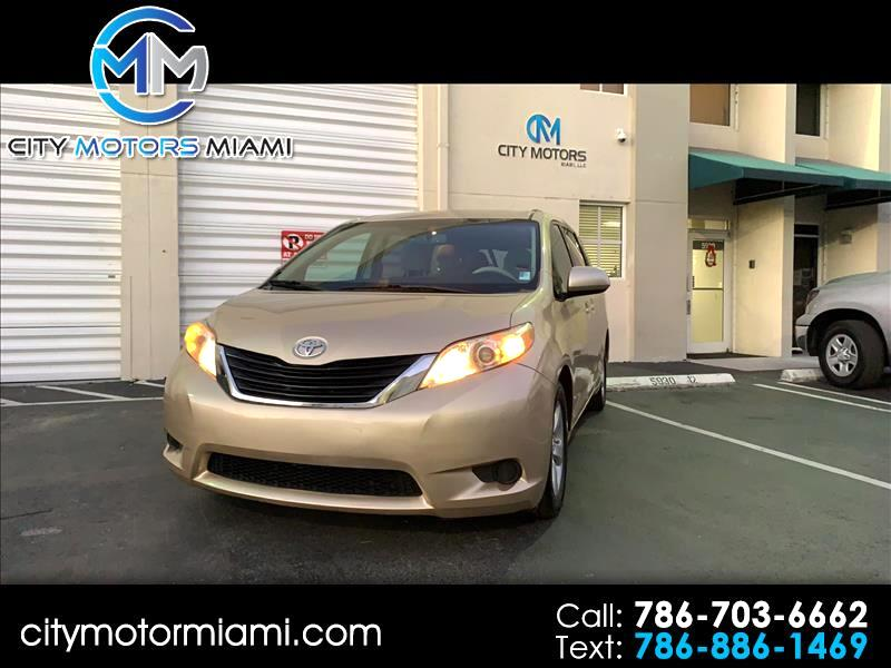 2011 Toyota Sienna 5dr 7-Pass Van V6 LE AAS FWD (Natl)