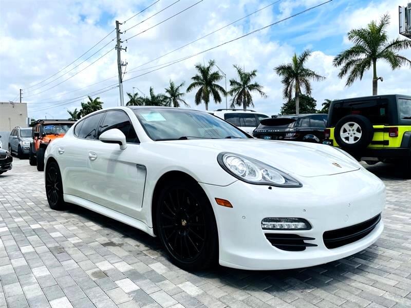Porsche Panamera 4dr HB 4S 2012