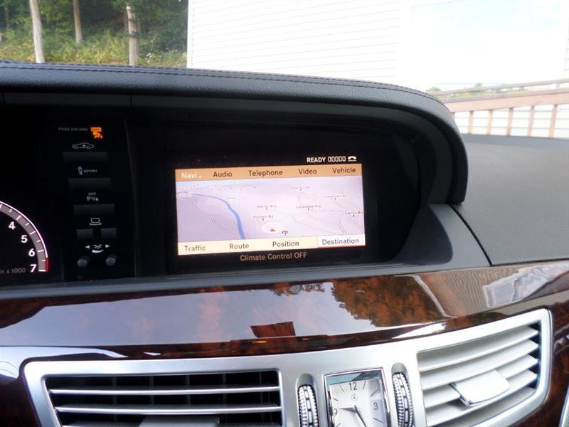 Mercedes-Benz S-Class S550 4-MATIC 2013