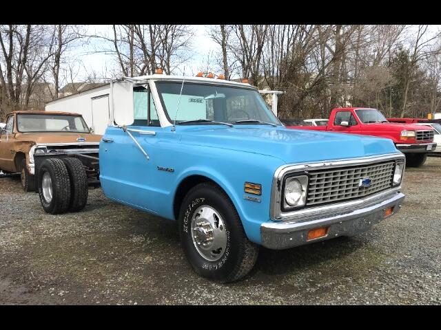 1971 Chevrolet 1 Ton Chassis-Cabs Reg Cab 135.5