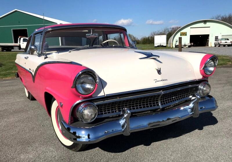 Ford Crown Victoria  1955