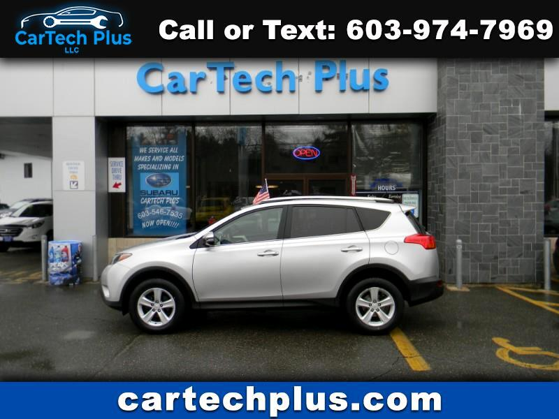 2014 Toyota RAV4 XLE AWD GAS SIPPING MID SIZE SUV