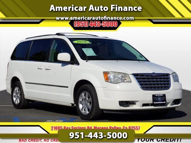 Chrysler Town & Country Touring Plus 2010