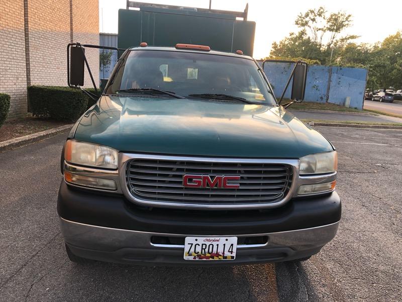 2001 GMC Sierra 3500 SL 2WD