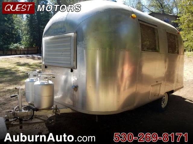 1967 Airstream Land Yacht Caravel