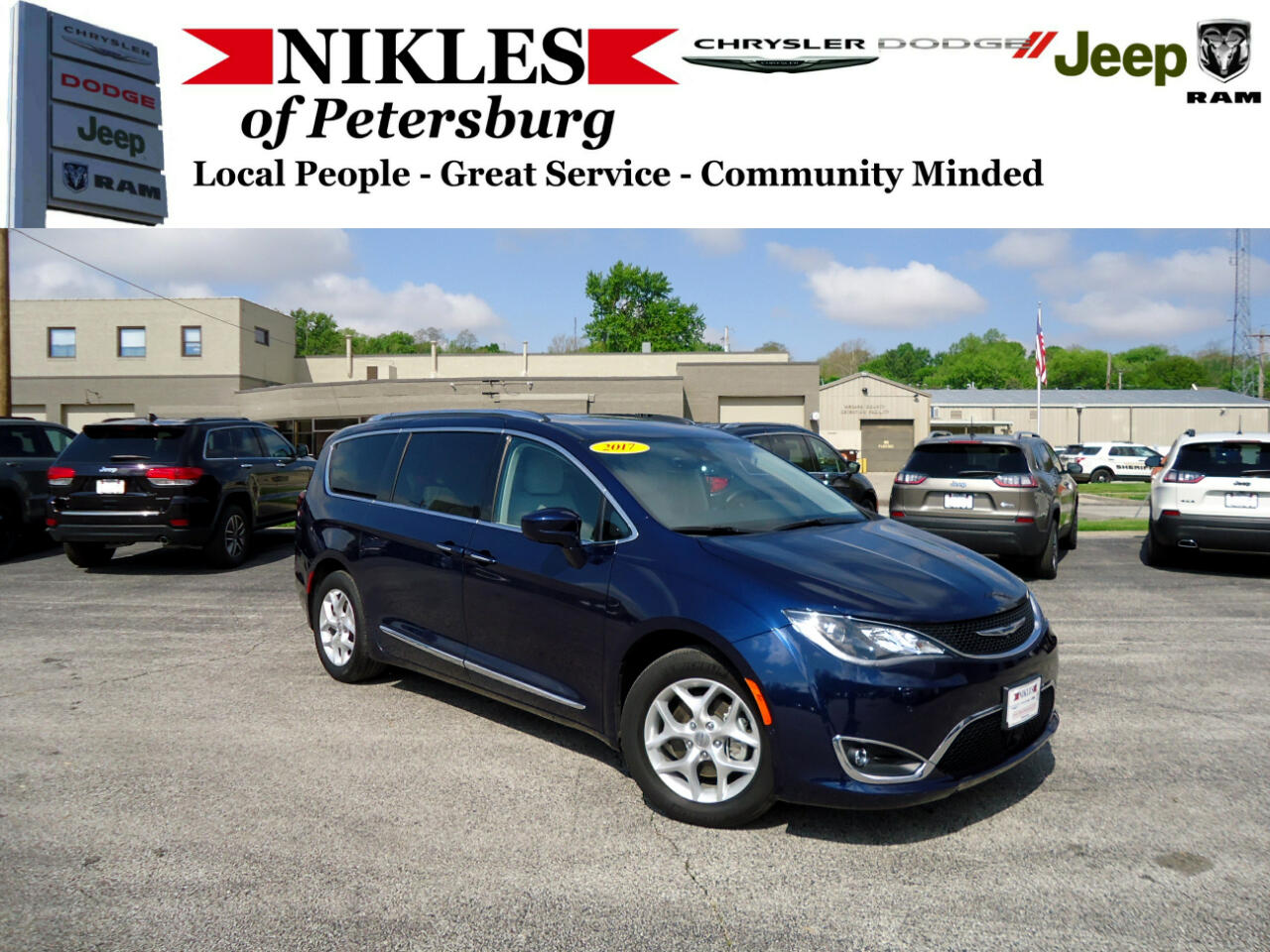 2017 Chrysler Pacifica 4dr Wgn Touring-L Plus