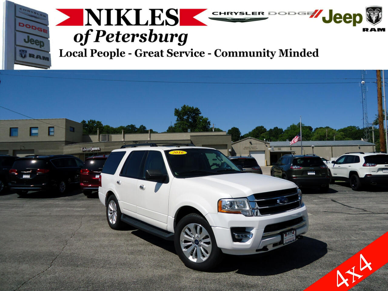 """Ford Expedition 119"""" WB XLT 4WD 2016"""