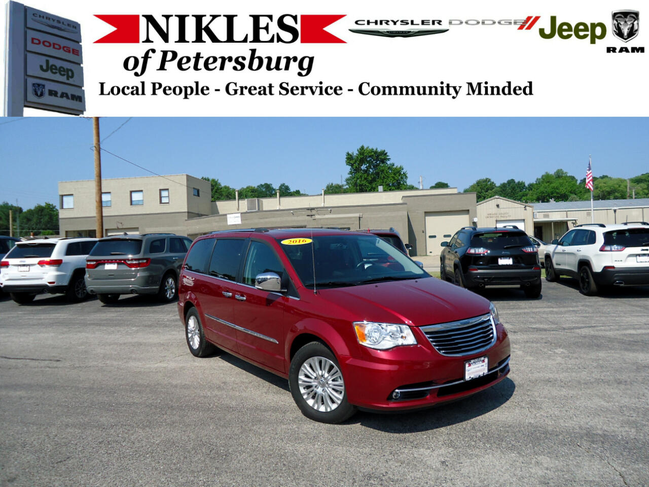 2016 Chrysler Town & Country 4dr Limited FWD