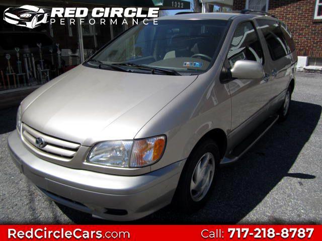 2003 Toyota Sienna LE