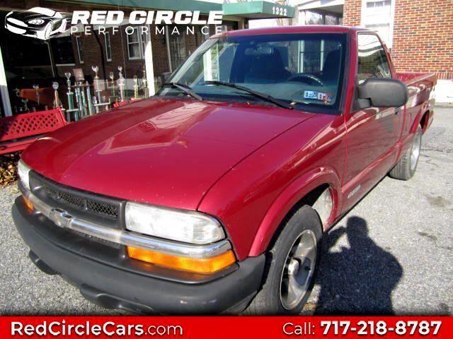 2002 Chevrolet S10 Pickup LS 2WD