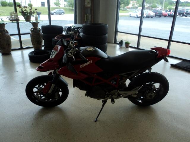 2010 Ducati Hypermotard