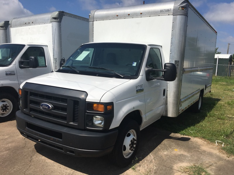 2015 Ford Econoline E-350 Super Duty