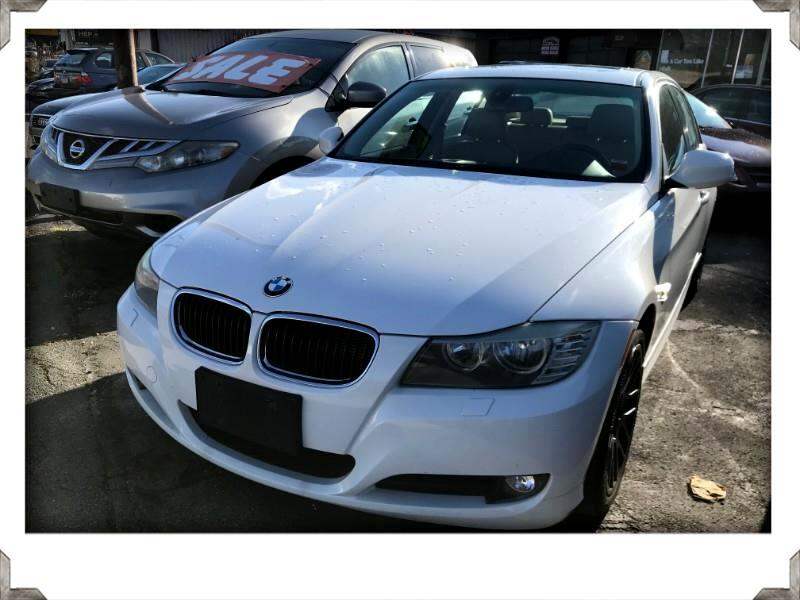 BMW 328i xDrive Base 2011