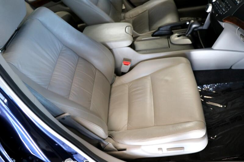 2011 Honda Accord EX-L Sedan AT