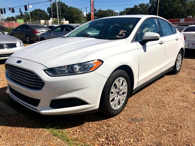 2014 Ford Fusion 4dr Sdn I4 S FWD