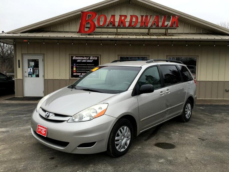 2008 Toyota Sienna LE FWD