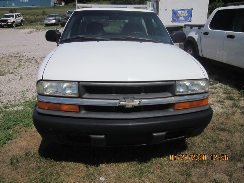 Chevrolet S10 Pickup 2WD 2001