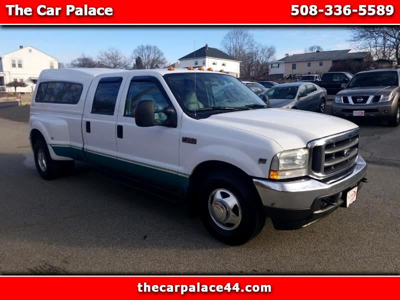2004 Ford F-350 SD Lariat Crew Cab Long Bed 2WD DRW