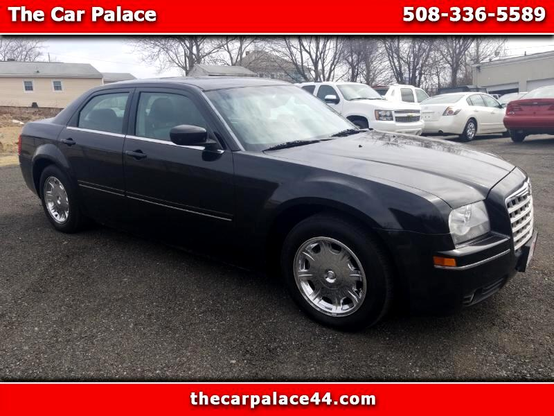 2005 Chrysler 300 4dr Sdn 300 Limited RWD
