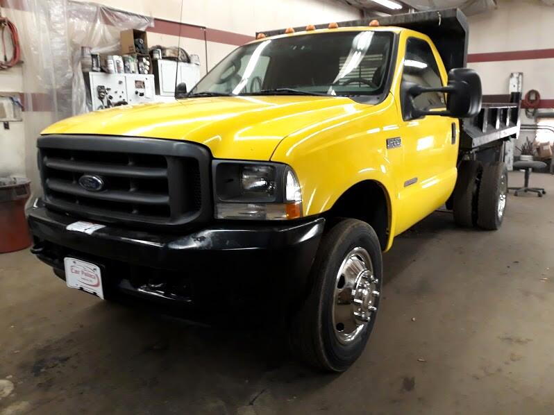 Ford F-550 Regular Cab 2WD DRW 2003