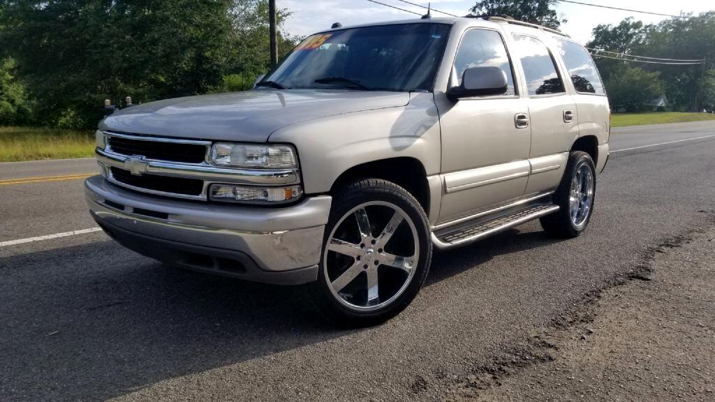 Chevrolet Tahoe 2WD 2004