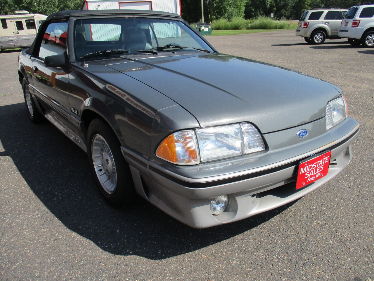 1987 Ford Mustang 2dr Convertible GT