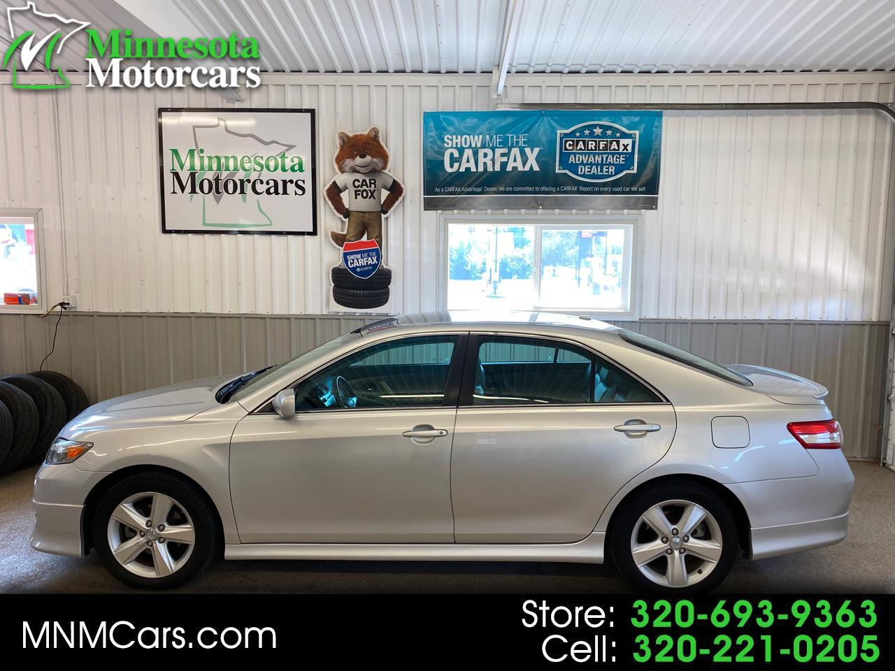 Toyota Camry 4dr Sdn LE Auto (Natl) 2010