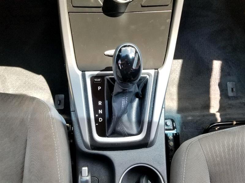 Hyundai Elantra GLS M/T 2014