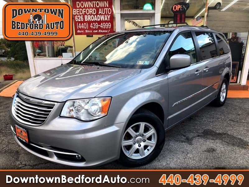 2013 Chrysler Town & Country 4dr EX FWD