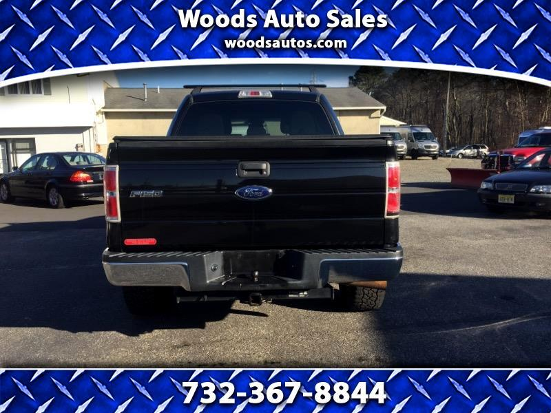 "2013 Ford F-150 SuperCrew Crew Cab 139"" XLT 4WD"