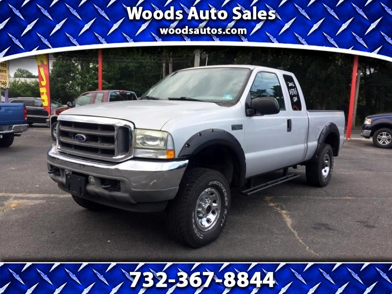 "2002 Ford F-250 Supercab 139"" 4WD XLT"