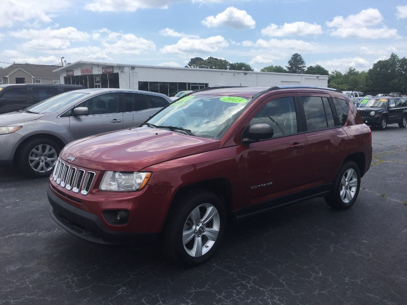 Jeep Compass Latitude FWD 2013
