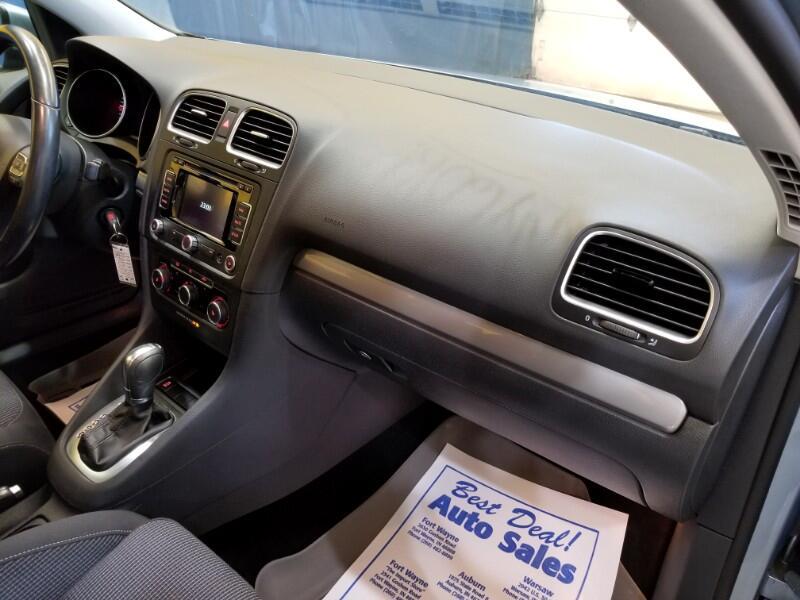 2012 Volkswagen Golf 2.0L TDI w/Tech Package 4 Door