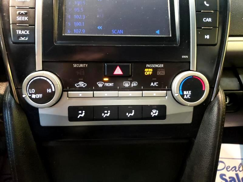 2013 Toyota Camry 4dr Sdn I4 Auto SE (Natl)