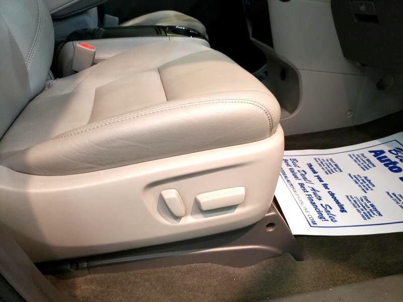 2017 Toyota Sienna XLE 7-Passenger AWD