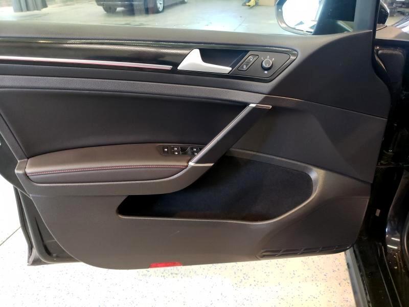 2015 Volkswagen GTI Autobahn 6A 4-Door