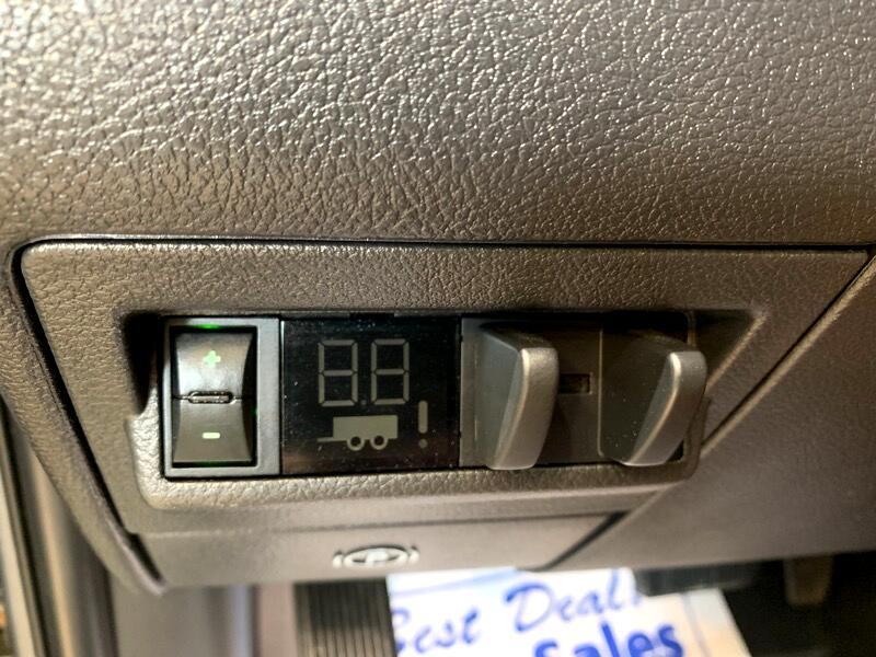 2012 RAM 1500 SLT Crew Cab 4WD