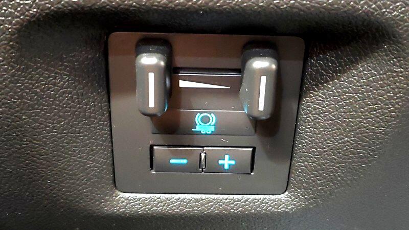 2013 Chevrolet Avalanche LTZ 4WD