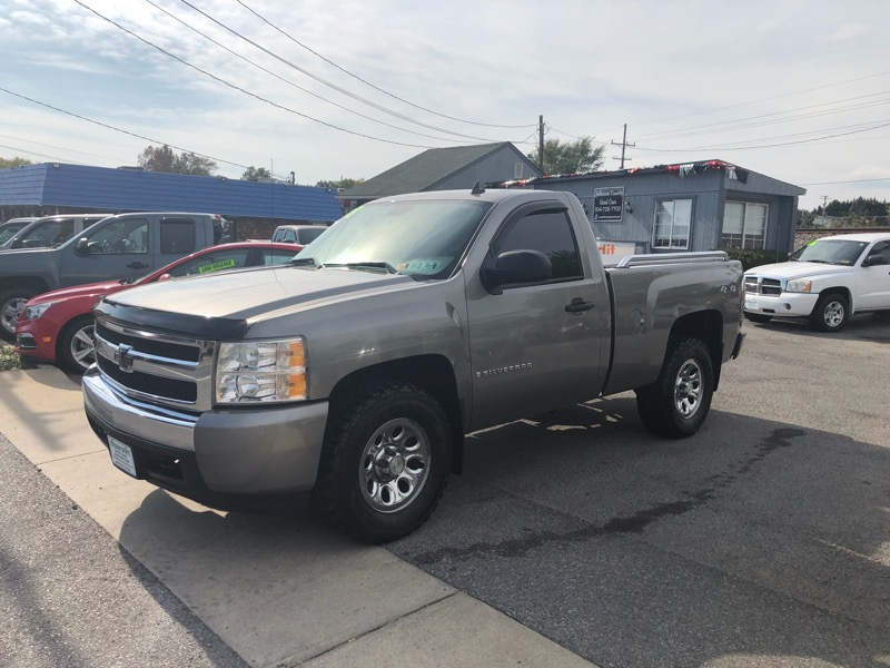 2008 Chevrolet Silverado 1500 Work Truck 1WT Regular Cab 4WD