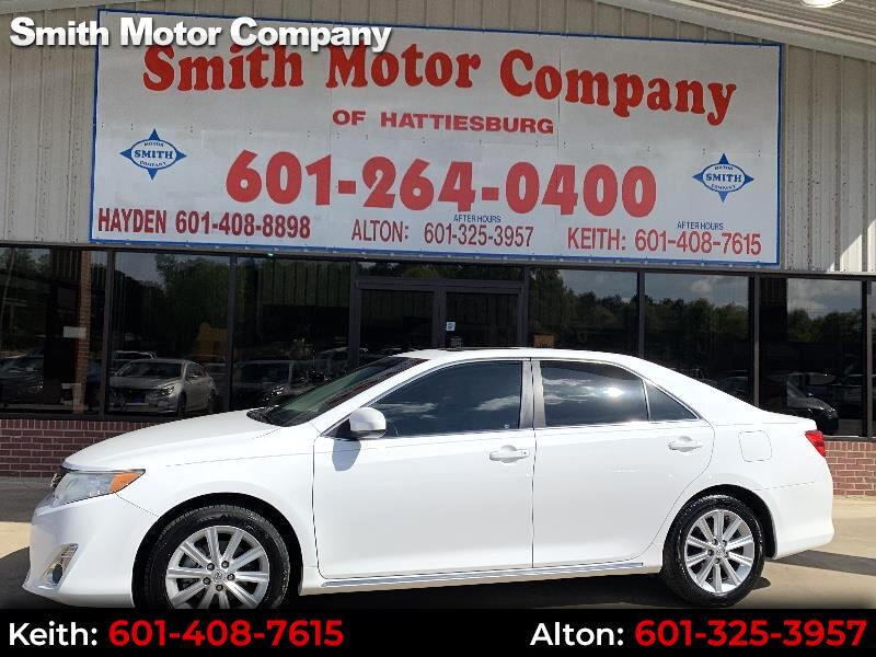 2014 Toyota Camry 4dr Sdn XLE Auto