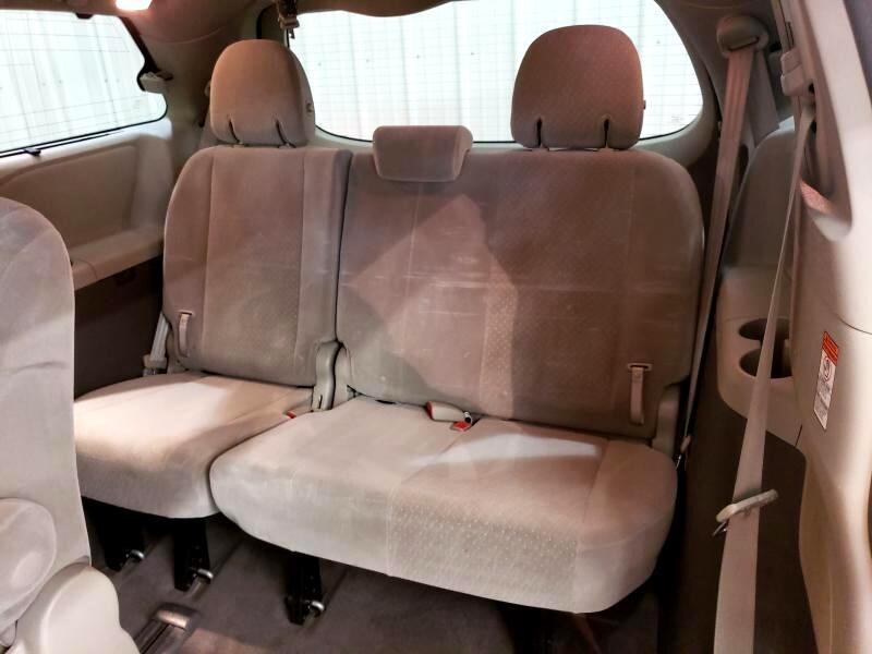 2015 Toyota Sienna 5dr 7-Pass Van LE AWD (Natl)