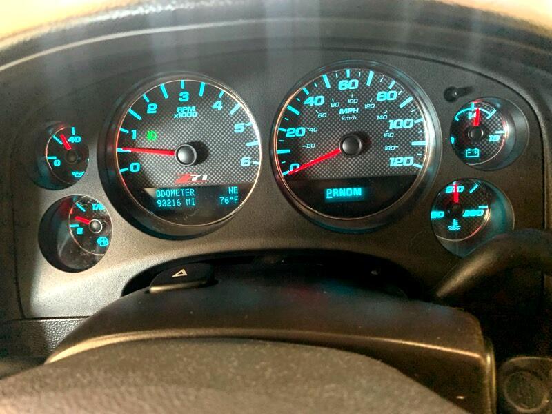 2014 Chevrolet Suburban LT 1500 4WD