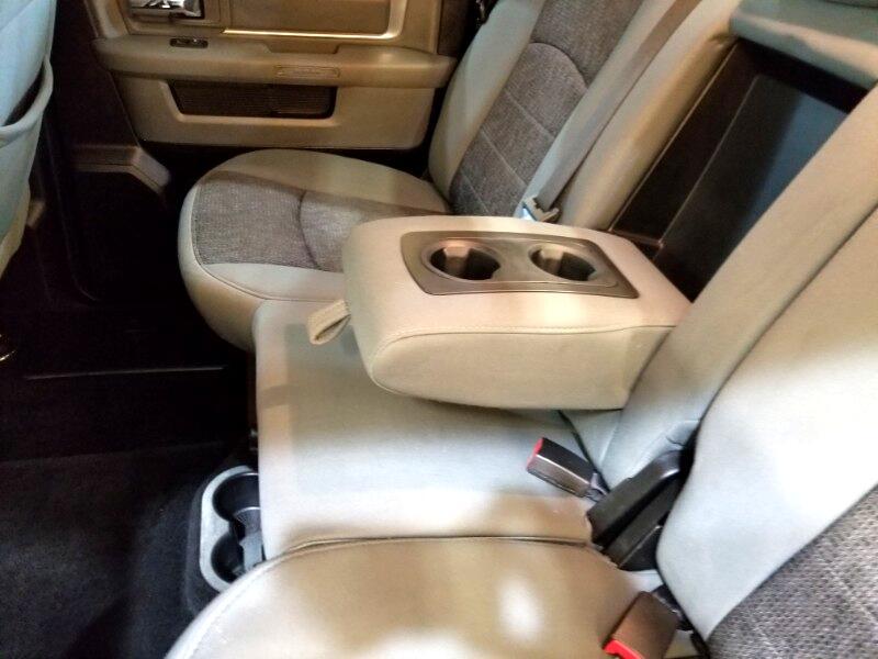 2014 RAM 1500 SLT Crew Cab SWB 4WD