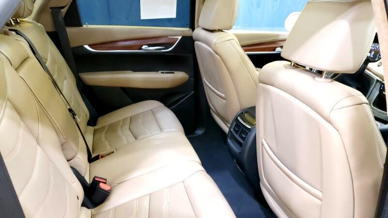 2017 Cadillac XT5 Platinum AWD