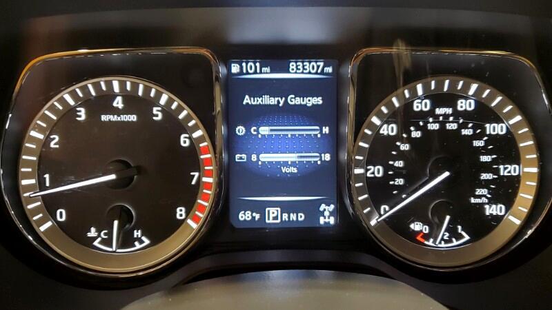 2017 Nissan Titan 4x4 Crew Cab SV