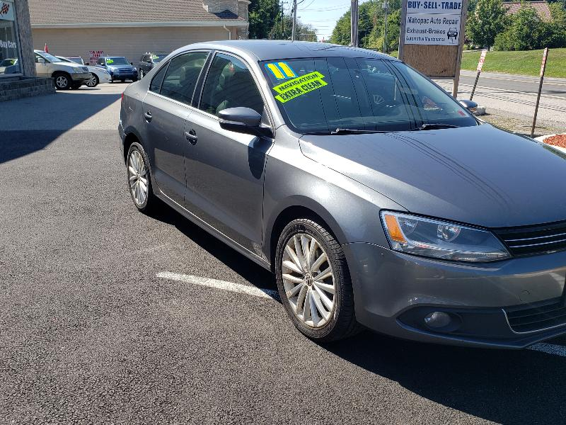Volkswagen Jetta 2.5L Leather 2011