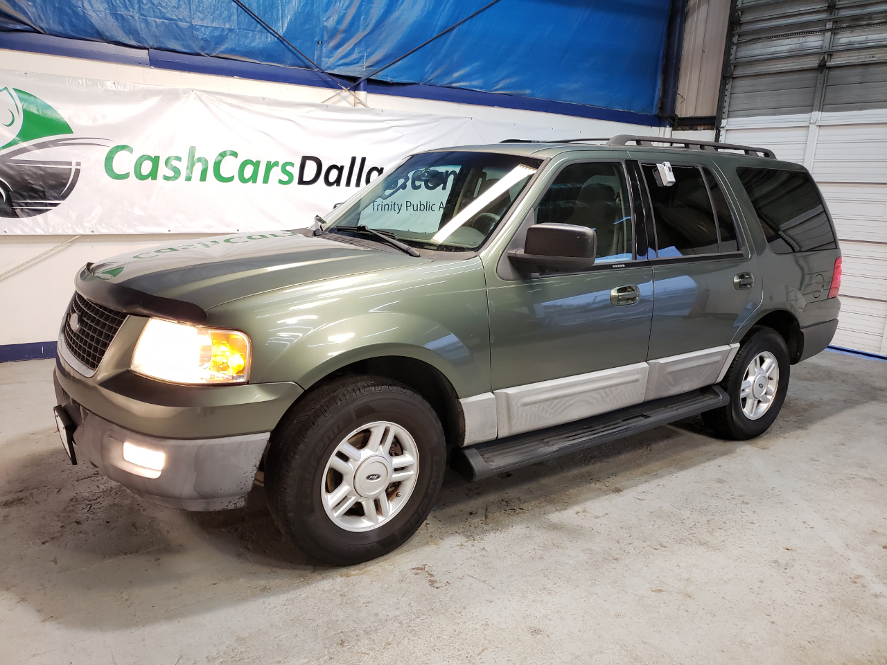 Ford Expedition XLT 2WD 2005