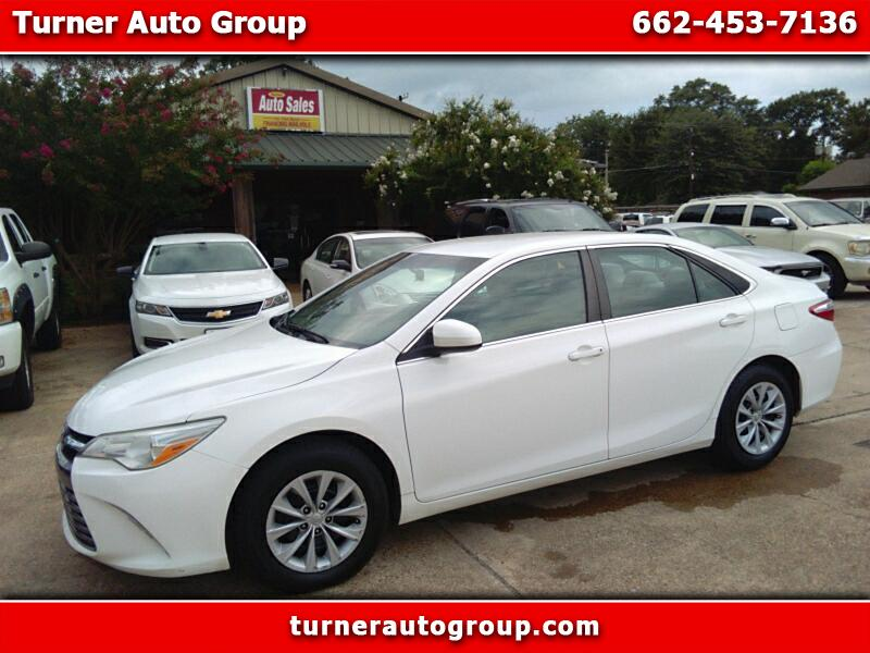 2016 Toyota Camry LE 6-Spd AT